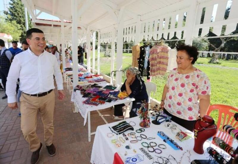 El Emeği Çarşısı pazarları açık olacak