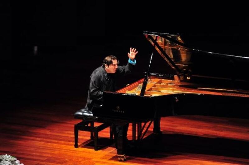 Ünlü piyanist Fazıl Say İKÜ'de sahne alıyor