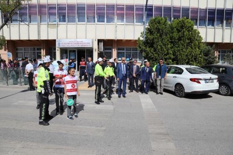 Çankırı'da 'Yaya güvenliğinin nöbetçisiyiz' etkinliği