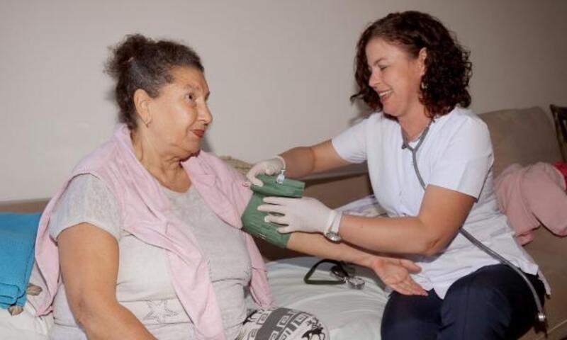 Çankaya'da 2 bin 902 kişiye evde bakım hizmeti