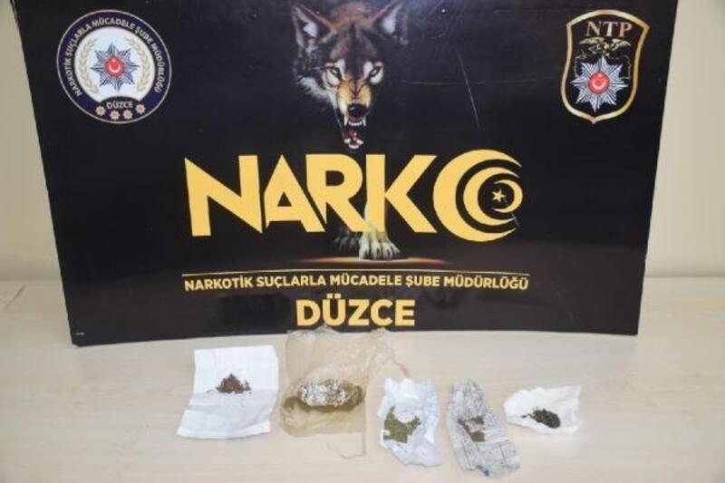 3 uyuşturucu satıcısı tutuklandı