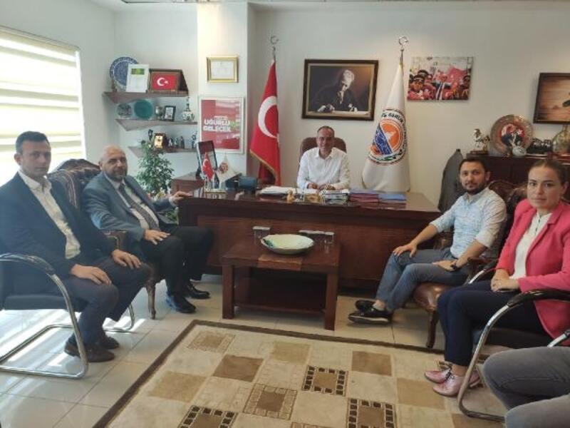 Bekir Aydın'dan Gemlik Belediyesi'ne ziyaret