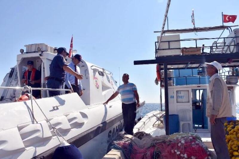 Şarköy Kaymakamı Yıldız, balıkçıları denetledi