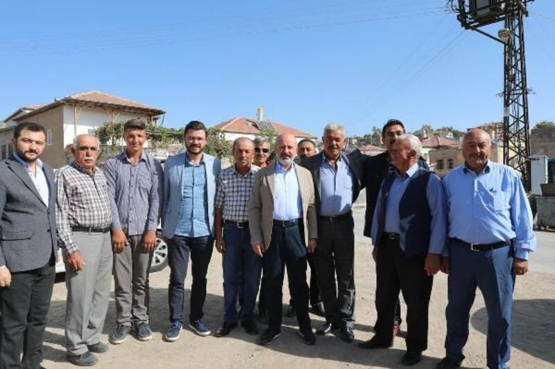 Başkan Çolakbayrakdar, Ebiç ve Mahzemin mahallesini ziyaret etti
