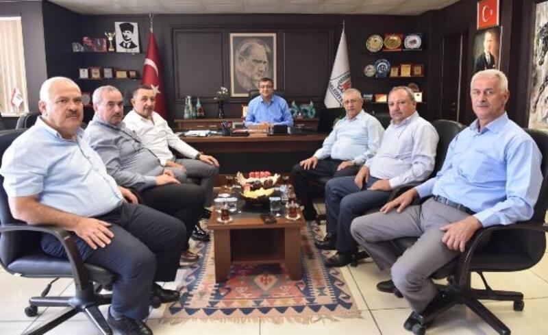 Başkan Öz, STK temsilcileri ve mahalle muhtarları ile bir araya geldi