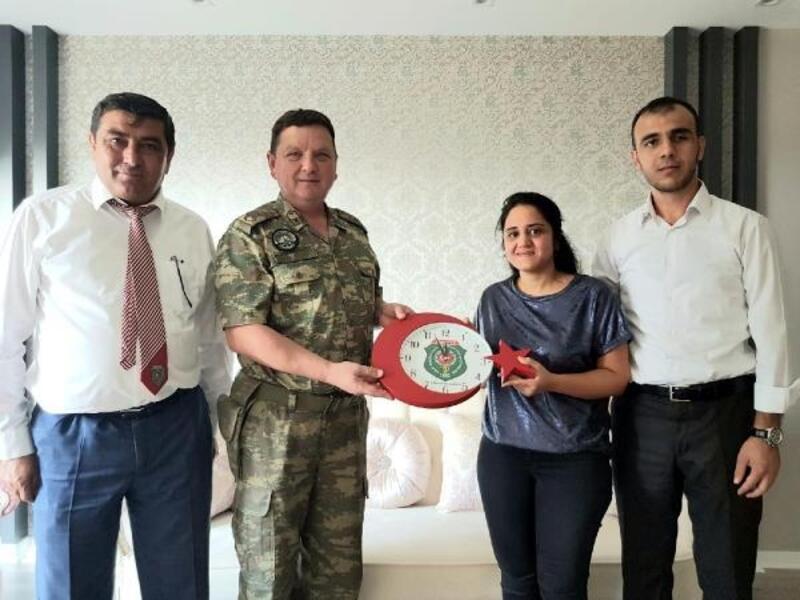 Albay Sancaktar, şehit ailelerine ziyaretlerini sürdürüyor