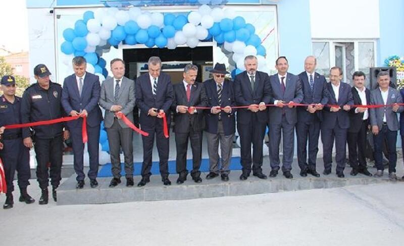 Bafra'da hayırsever tarafından yaptırılan okul açıldı
