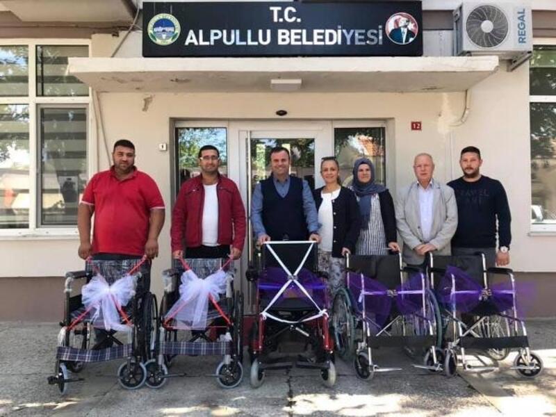 Alpullu'da engellilere tekerlekli sandalye
