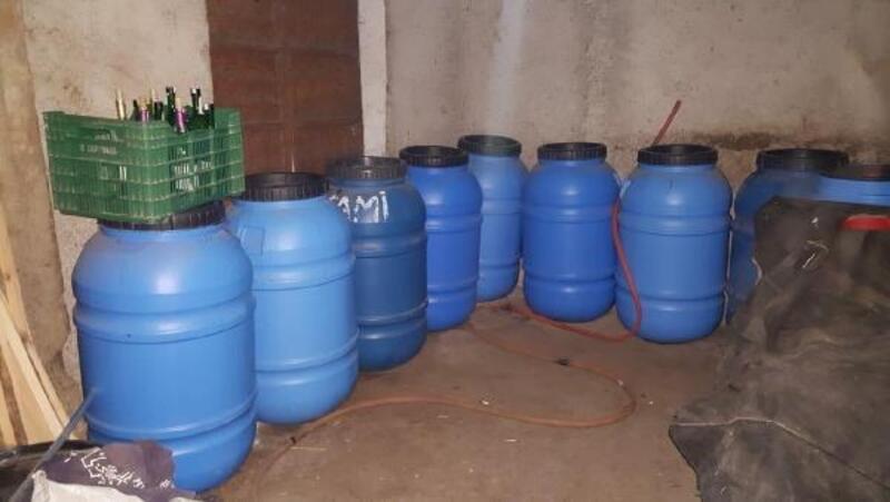 Koçarlı'da sahte içki üretimine 2 gözaltı