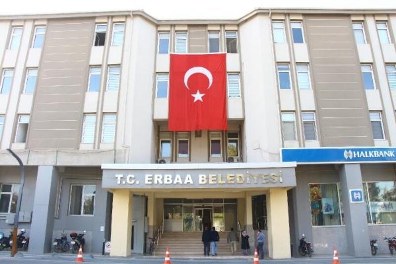 Başkan Karagöl'den bayrak çağrısı
