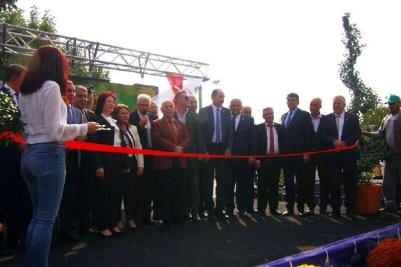 Ödemiş Süs Bitkileri Üreticileri Sergisi 15'inci kez açıldı