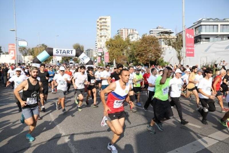 Organ nakli bekleyen 28 bin kişi için koştular