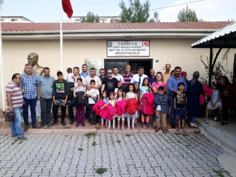 TSİV'den şehit ve gazi çocuklarına yardım desteği