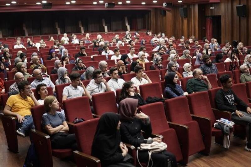 """Bursa'da """"Edebiyat ve Yazı Akademesi"""" projesi"""