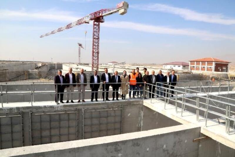 Başkan ve meclis üyeleri yeni tesisleri gezdi