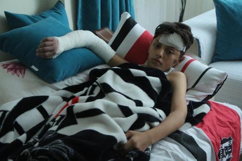 Beyoğlu'nda arkadaşının itmesi sonucu yaralanan çocuk: Park istiyoruz