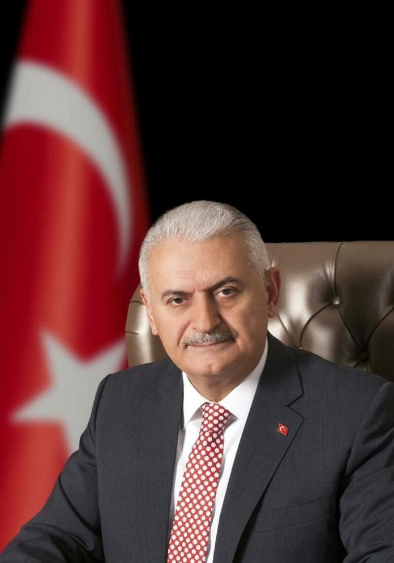 AK Parti İzmir Milletvekili Binali Yıldırım iki üniversitede ilk dersi verecek