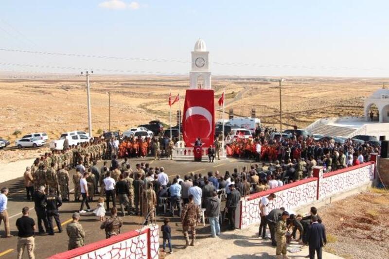 Şırnak'ta şehit 5 güvenlik korucusu için anıt