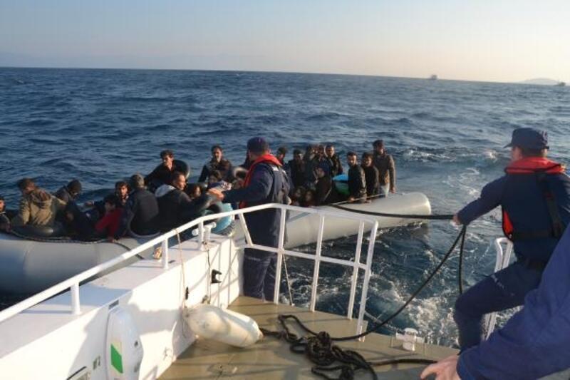 2 ilde 104 kaçak göçmen yakalandı