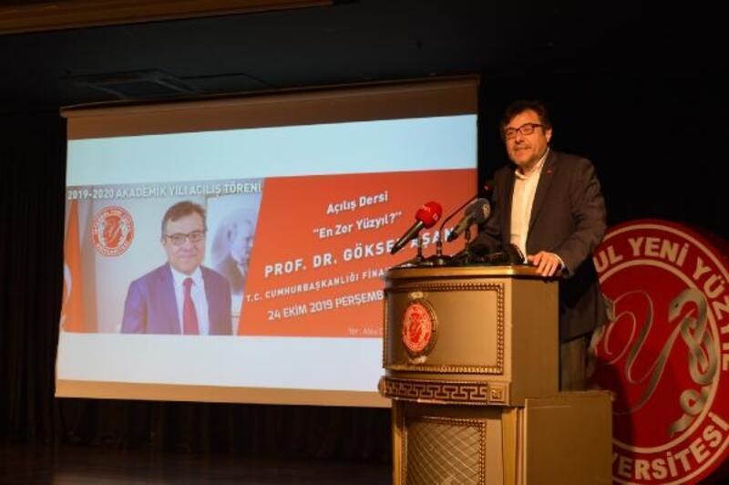 İstanbul Yeni Yüzyıl Üniversitesi'nin akademik yıl açılışını Prof. Dr. Göksel Aşan yaptı
