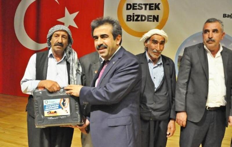 Diyarbakır'da bin besiciyemakine desteği