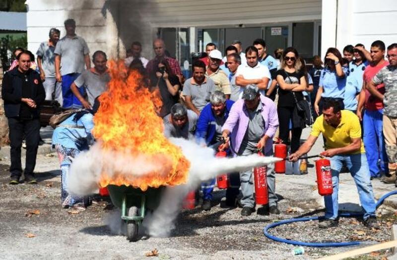 Belediye personeli yangın eğitimi