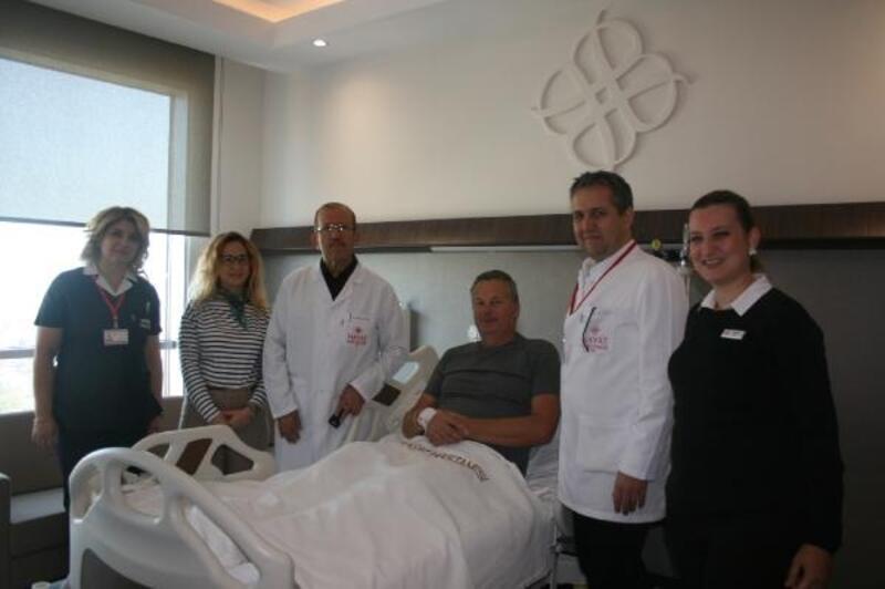 İngiliz hasta şifayı Bursa'daki hastanede buldu