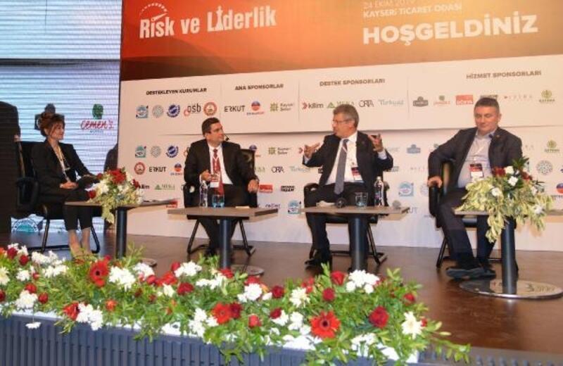Başkan Akay: Türkiye'de krizler, fırsata dönüştü