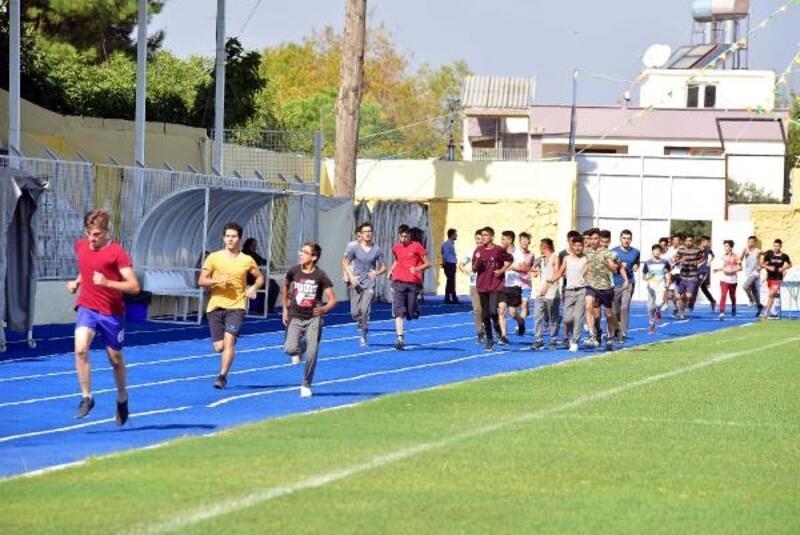 Atletizm yarışlarına 5 okuldan 120 sporcu katıldı