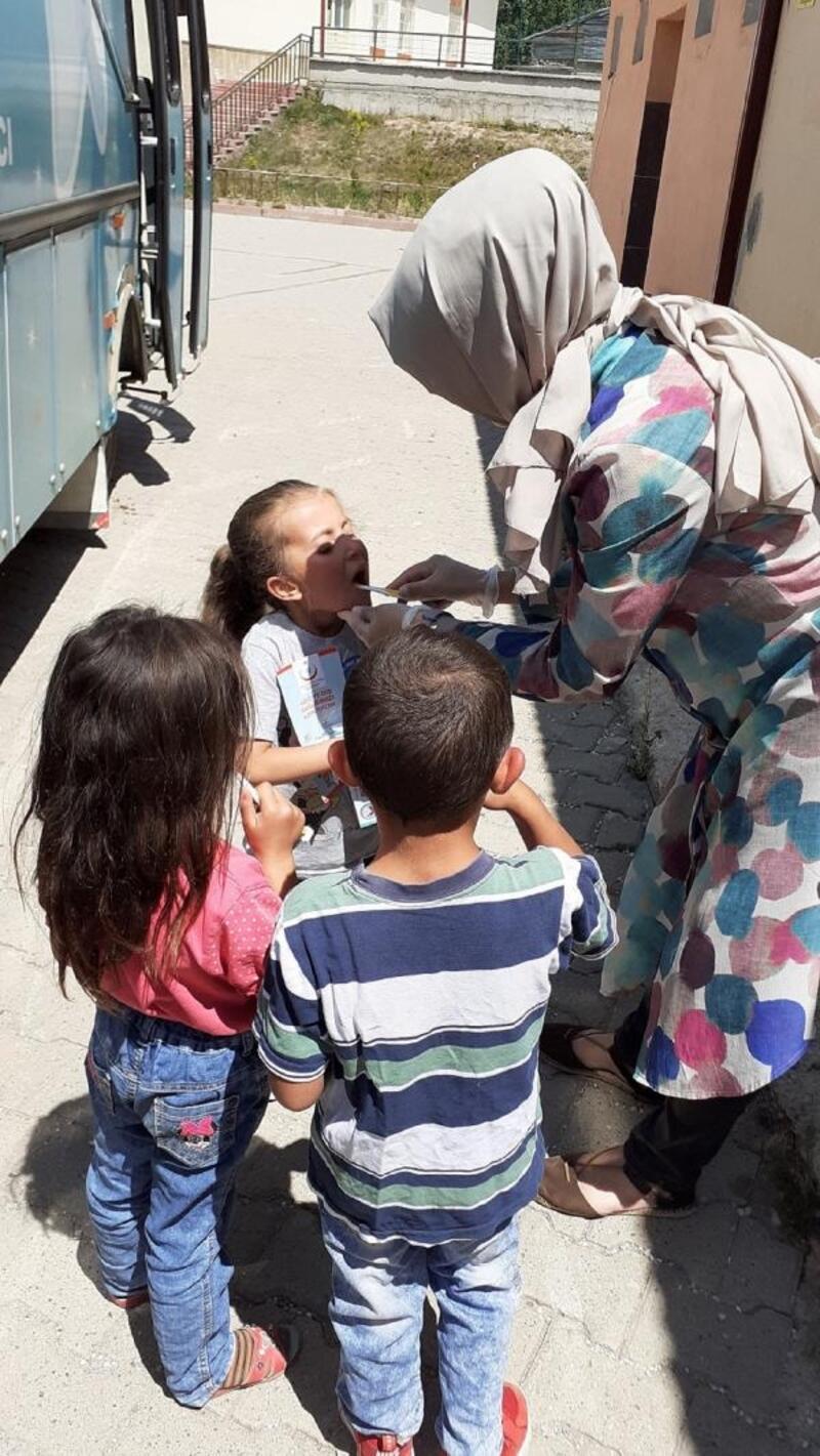 Sivas'ta tarım işçilerine yönelik ağız ve diş sağlığı taraması