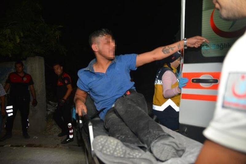İki kişiyi yaraladı, polisten kaçarken damdan düştü