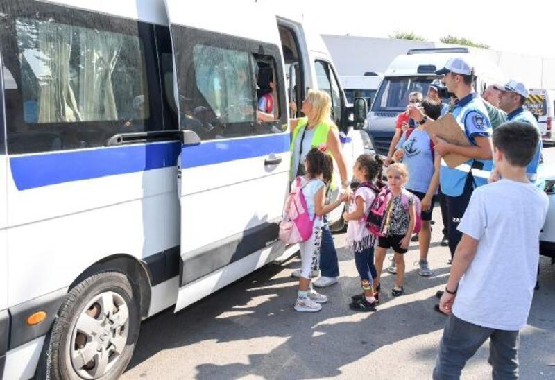 Mersin'de servis araçları aralıksız denetleniyor