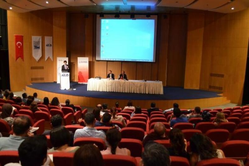 AKİB'den ihracat yapan şirketler için kur riski yönetimi paneli
