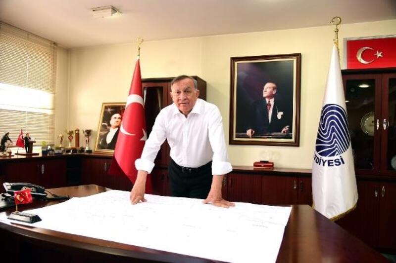Başkan Akay'dan anlamlı kutlama