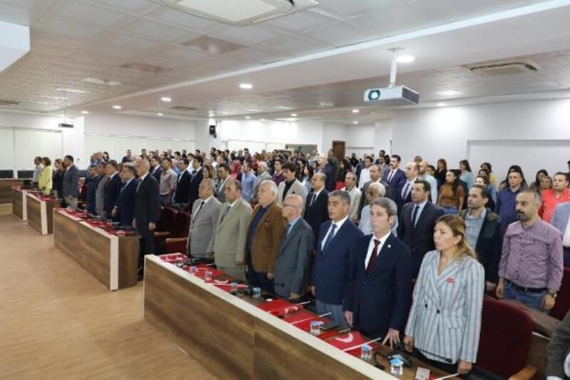 Hatay'da 'Cumhuriyetin Kuruluşu ve Türk Kimliği' konferansı