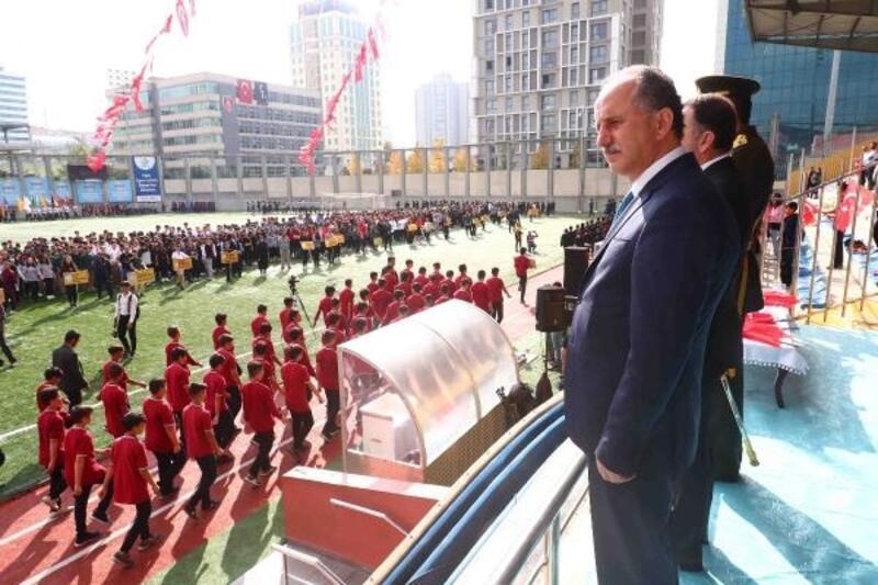 Cumhuriyet Bayramı kutlamalarına 'Barış Pınarı' damga vurdu