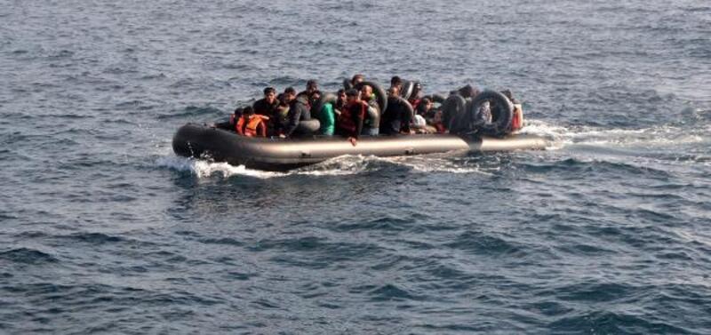 Enez açıklarında 40 kaçak göçmen yakalandı