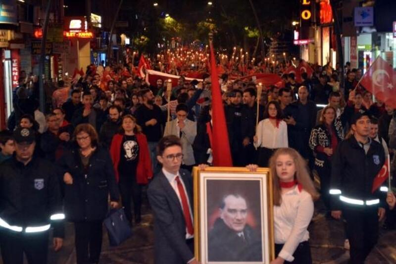 Lüleburgaz'da coşkulu 29 Ekim gecesi