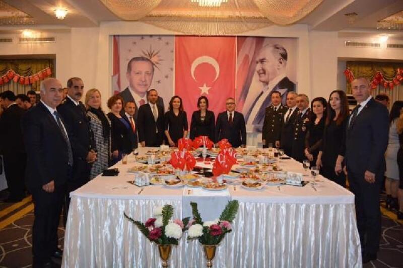 Niğde'de Cumhuriyet Bayramı kabul töreni