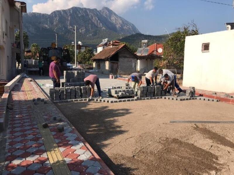 Kemer Belediyesi ekipleri çalışmalarını sürdürdü