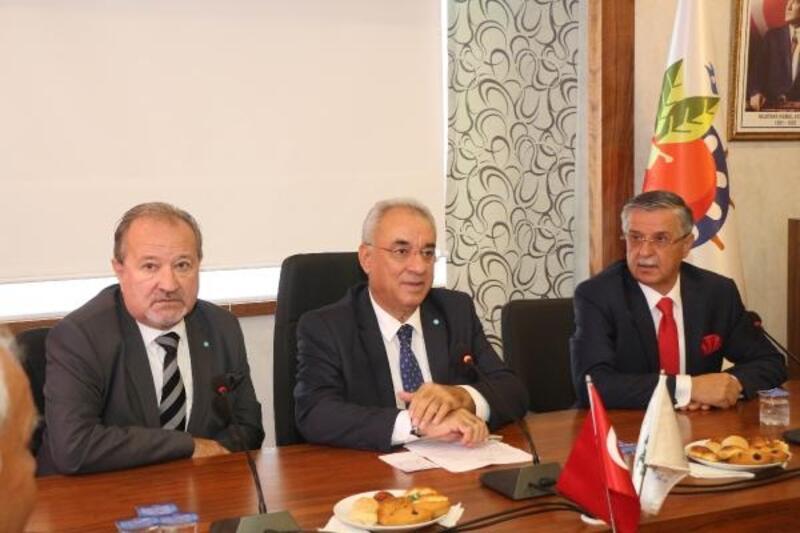 DSP Lideri Aksakal: Türk milletine sallanmaya çalışılan hiçbir parmak sağlam kalmamıştır