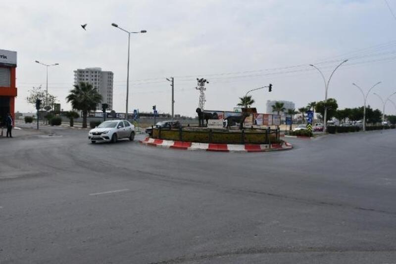Tarsus'ta trafik akışını olumsuz etkileyen kavşak kaldırılıyor