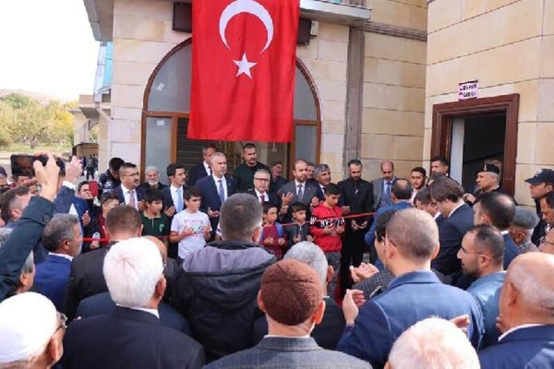 Çamardı Merkez Ulu Camii ibadete açıldı