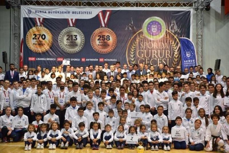 Bursa Büyükşehir Belediyespor'un kuruluşunun 39'uncu yılı kutlandı