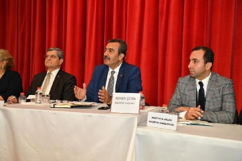 Başkan Çetin, Halk Günü'nde vatandaşlarla buluştu