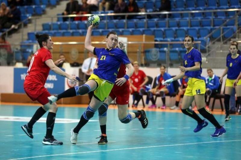 Yenimahalle Belediyesi Spor Kulübü, İzmir'e fark attı