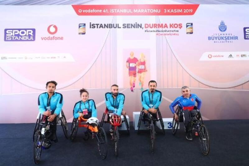 İstanbul Maratonu'nda Bağcılar'ın engelli sporcuları ilk 3'te yer aldı