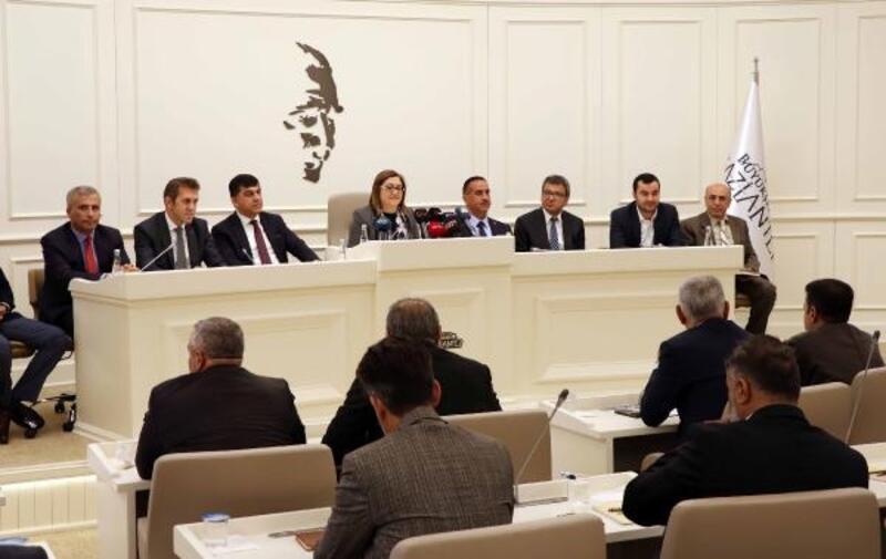 Fatma Şahin Millet Bahçesini tanıttı