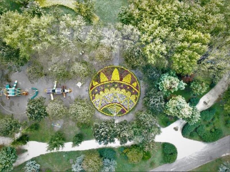 Bursa'da estetik uygulamalar parkları güzelleştiriyor