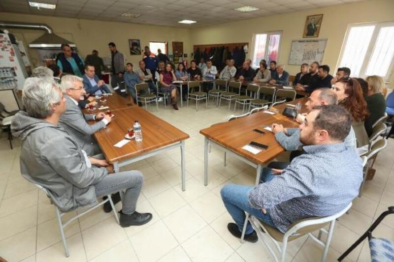 """Nilüfer Belediyesi'nde """"başkan-personel"""" buluşması devam ediyor"""